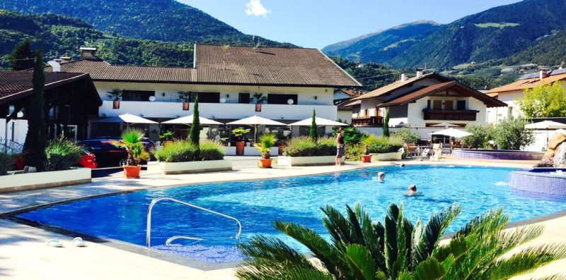 Schlosshof Lana bei Meran - Airfect Partner
