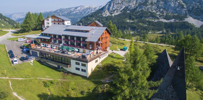 Sport und Wanderhotel Kircheniwrt Außenansicht