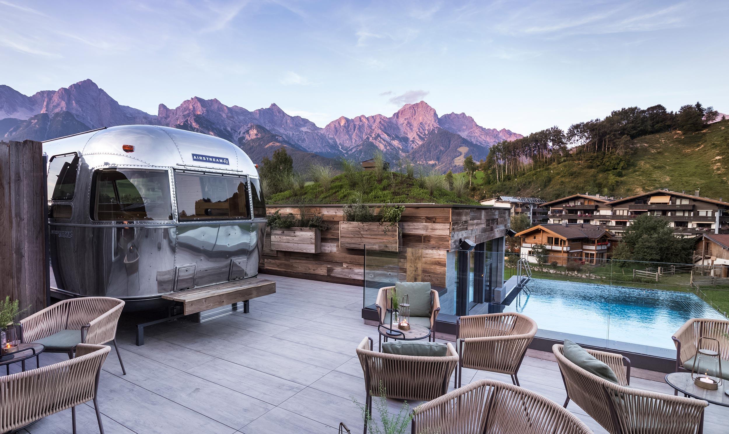 Hotel Sepp Maria Alm Rooftop mit Airstream Sauna